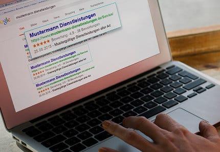 Google-Sterne zeigen Kunden eine hohe Kundenzufriedenheit
